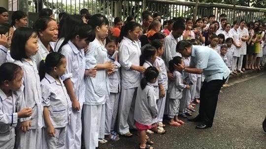 Vì sao bệnh nhân khóc khi chia tay BS Nguyễn Anh Trí? - ảnh 2