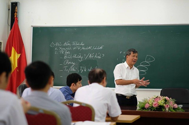 Vì sao bệnh nhân khóc khi chia tay BS Nguyễn Anh Trí? - ảnh 7