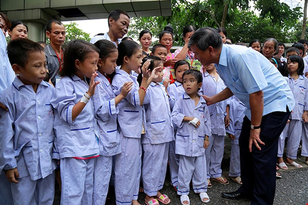 Vì sao bệnh nhân khóc khi chia tay BS Nguyễn Anh Trí? - ảnh 6