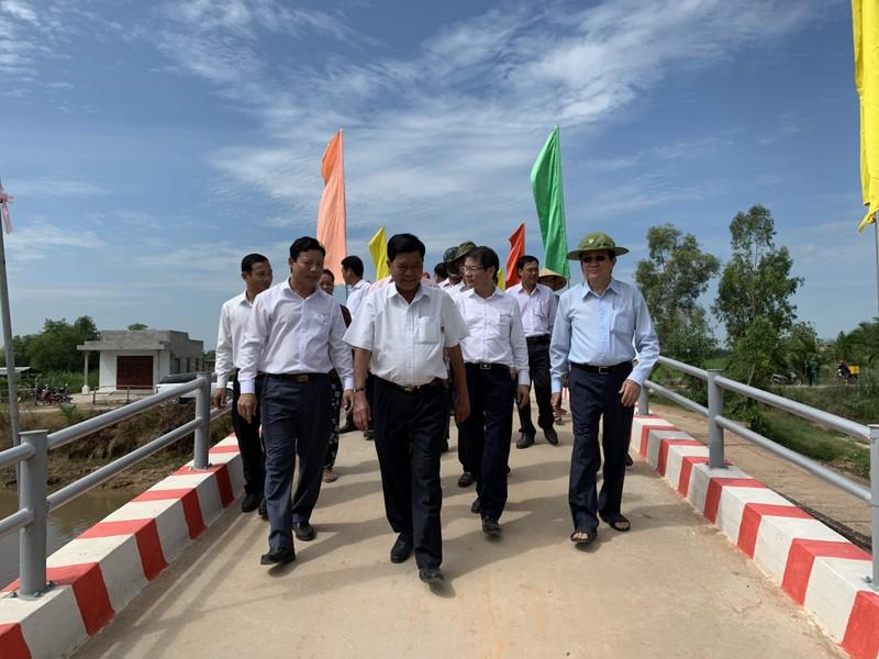 Nguyên CTN Trương Tấn Sang mang cầu nông thôn đến người dân  - ảnh 2