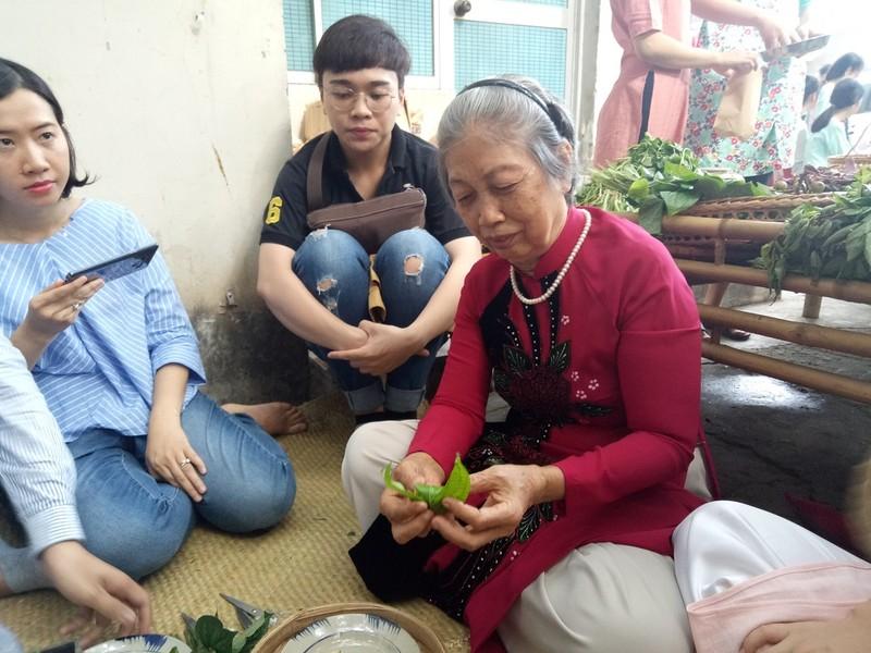 Trầu têm cánh phượng – món quà quê cho người Sài Gòn - ảnh 1