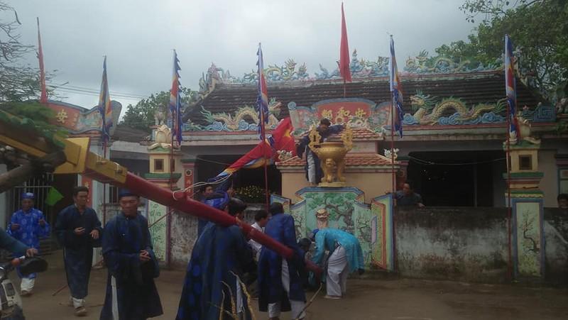 Thiêng liêng lễ dựng cây nêu ngày tết trên đảo Lý Sơn - ảnh 2