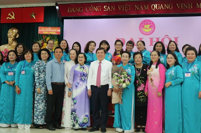 Hội Nữ trí thức TP.HCM dành hơn 6,6 tỉ hoạt động vì cộng đồng - ảnh 1