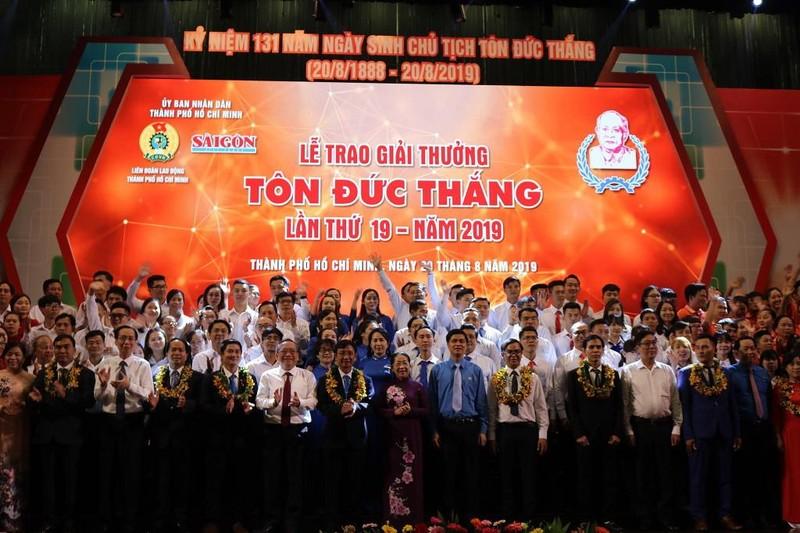 Trao giải thưởng Tôn Đức Thắng cho 10 kỹ sư, công nhân  - ảnh 1