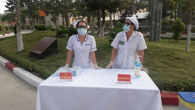 Quân đội diễn tập chống dịch COVID-19 có 30.000 người nhiễm - ảnh 6