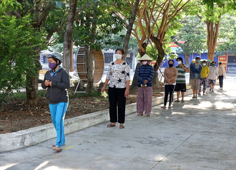 Hơn 8.000 suất gạo phát cho người khó khăn ở Khánh Hòa - ảnh 1