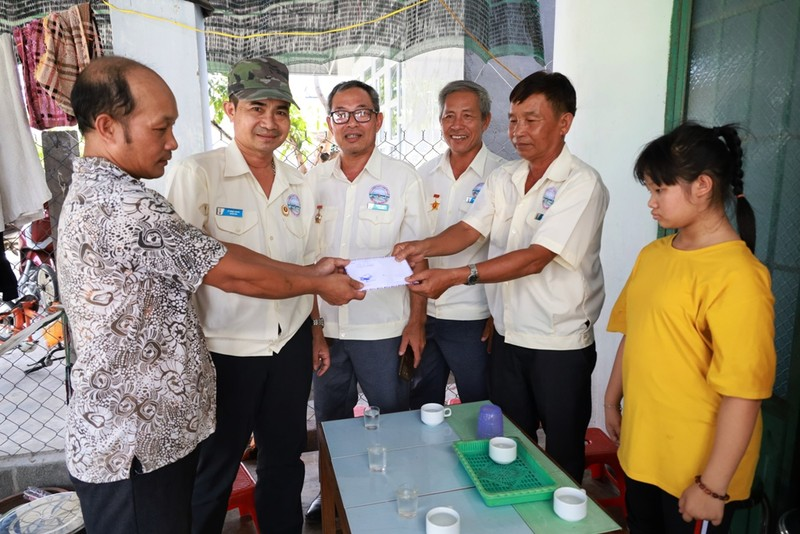 Hỗ trợ gia đình cựu binh Trường Sa hơn 13 triệu đồng - ảnh 1