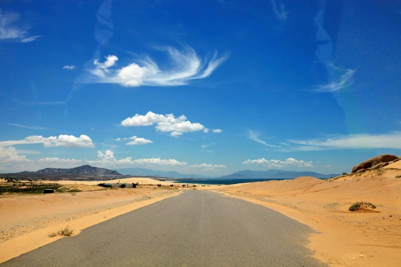 """Mùa hè khám phá """"tiểu sa mạc"""" Mũi Dinh - ảnh 1"""