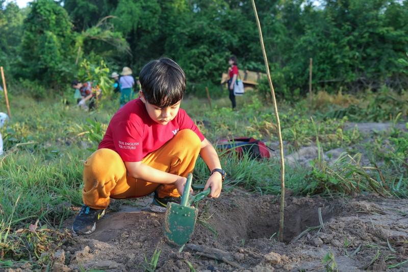 'Run for the Earth' trồng hơn 2.500 cây xanh  - ảnh 1