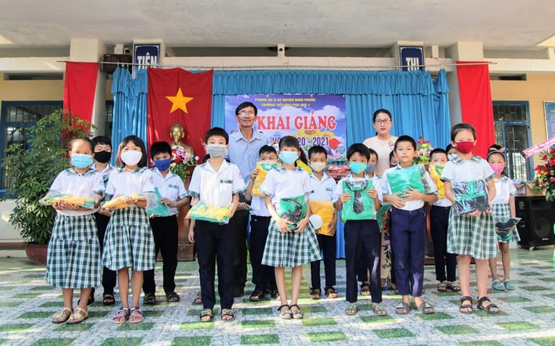 Hơn 22 triệu học sinh cả nước rộn ràng khai giảng năm học mới  - ảnh 16