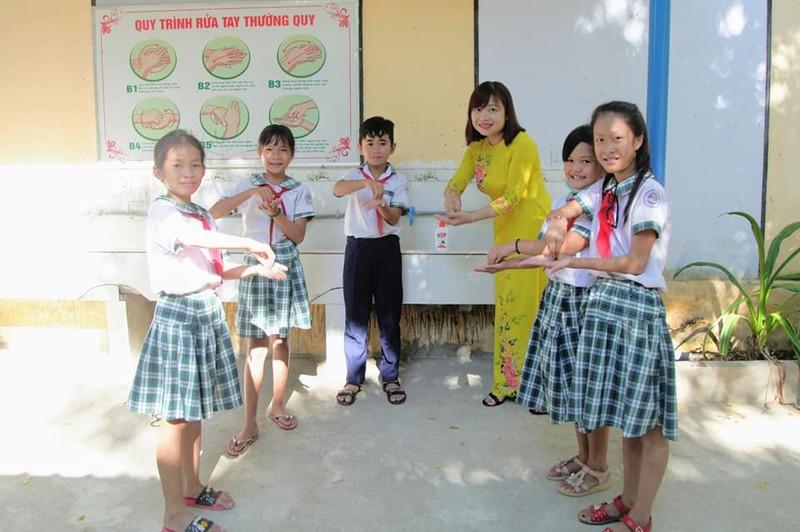 Hơn 22 triệu học sinh cả nước rộn ràng khai giảng năm học mới  - ảnh 15