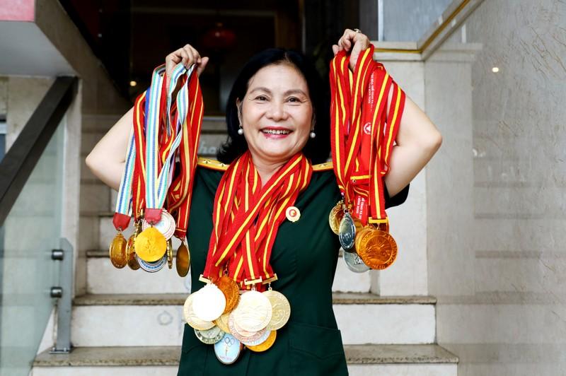 Nữ cựu binh quân y sở hữu gần 100 huy chương thể thao - ảnh 1