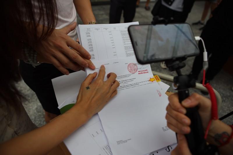 Thủy Tiên - Công Vinh livestream sao kê, tuyên bố sẽ kiện cá nhân vu khống mình - ảnh 5