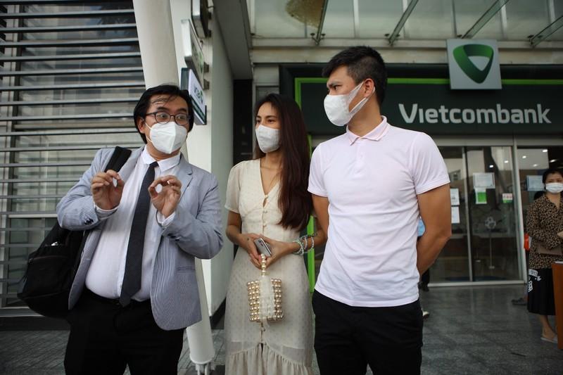 Thủy Tiên - Công Vinh livestream sao kê, tuyên bố sẽ kiện cá nhân vu khống mình - ảnh 3
