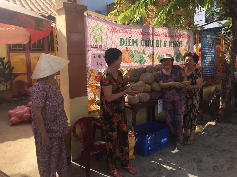 Sài Gòn 'giải cứu' 10 tấn bí đỏ giúp người dân Đăk Lăk - ảnh 5