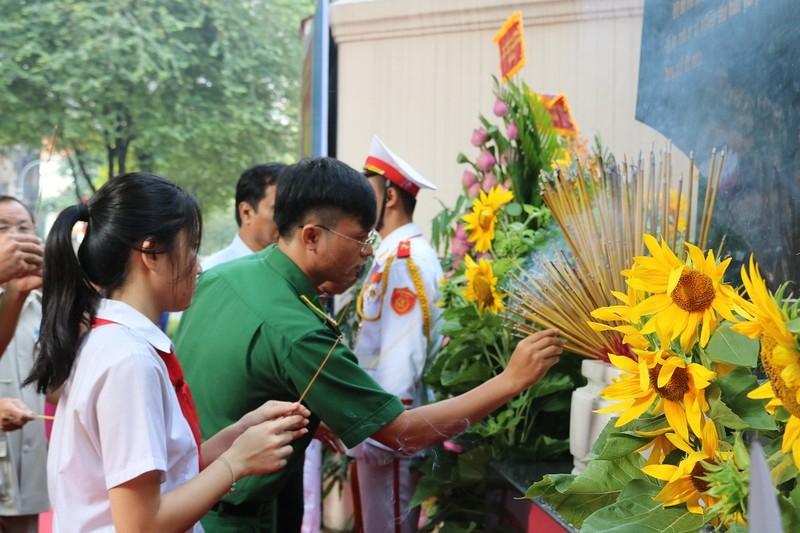 Khánh thành bia tưởng niệm chiến sĩ biệt động Sài Gòn - ảnh 7