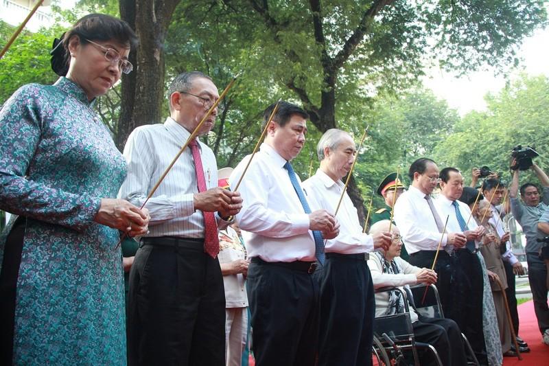 Khánh thành bia tưởng niệm chiến sĩ biệt động Sài Gòn - ảnh 1