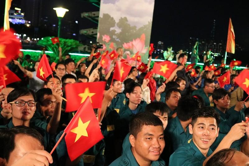 Bí thư Nguyễn Thiện Nhân kêu gọi giới trẻ 'thi đua ái quốc' - ảnh 3