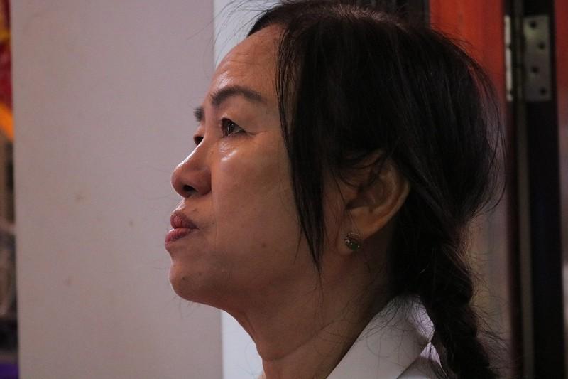 Cụ già đến tiễn anh hùng Nguyễn Văn Thương bằng lời hát - ảnh 5