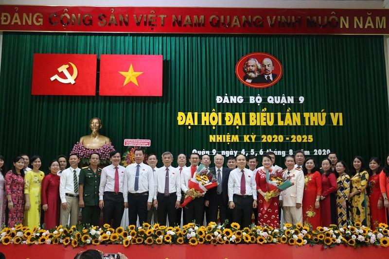 Ông Lâm Đình Thắng tái đắc cử Bí thư Quận uỷ quận 9 - ảnh 2