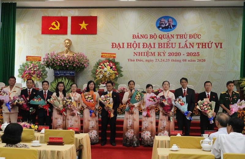 Ông Nguyễn Mạnh Cường tái đắc cử Bí thư quận ủy Thủ Đức - ảnh 3