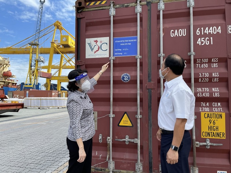 Hơn 1.700 tấn lương thực tỉnh Thanh Hóa hỗ trợ TP.HCM đã cập bến  - ảnh 2