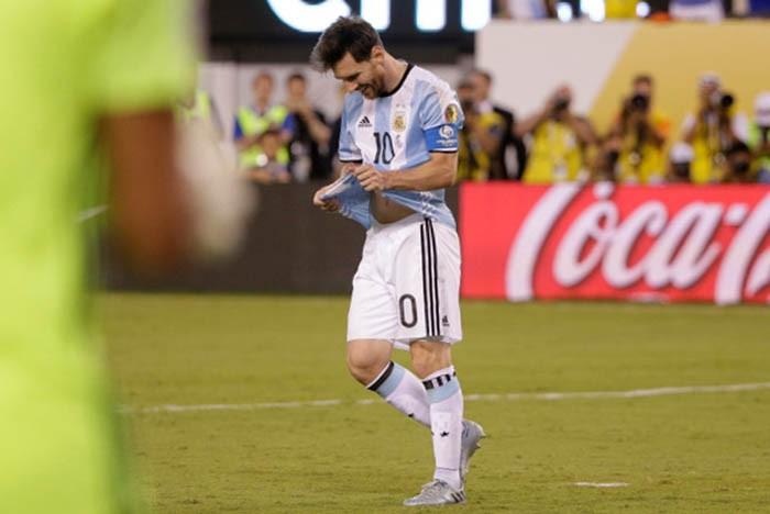 Sốc: Messi tuyên bố giã từ đội tuyển Argentina - ảnh 1