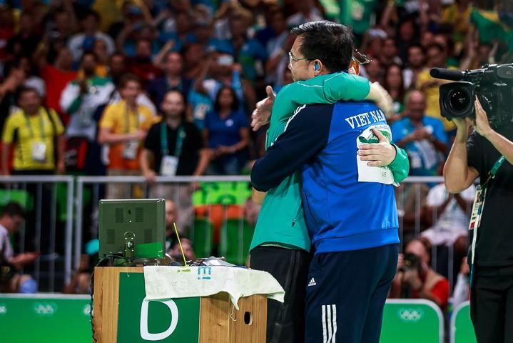 Ảnh: Khoảnh khắc vàng của Hoàng Xuân Vinh tại Olympic Rio  - ảnh 8