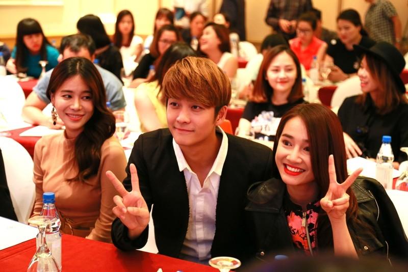 Kang Tae Oh: 'Nhã Phương hôn thiếu chuyên nghiệp' - ảnh 2