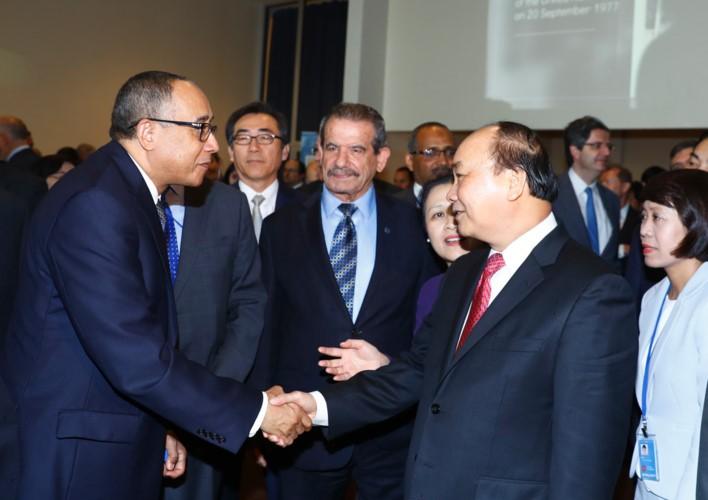 Thủ tướng thông báo với Tổng thư ký LHQ về biển Đông - ảnh 1
