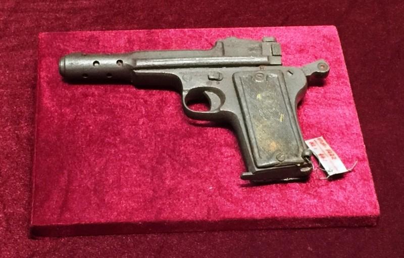 Tận mắt thấy súng ngắn của Đại tướng Võ Nguyên Giáp - ảnh 4