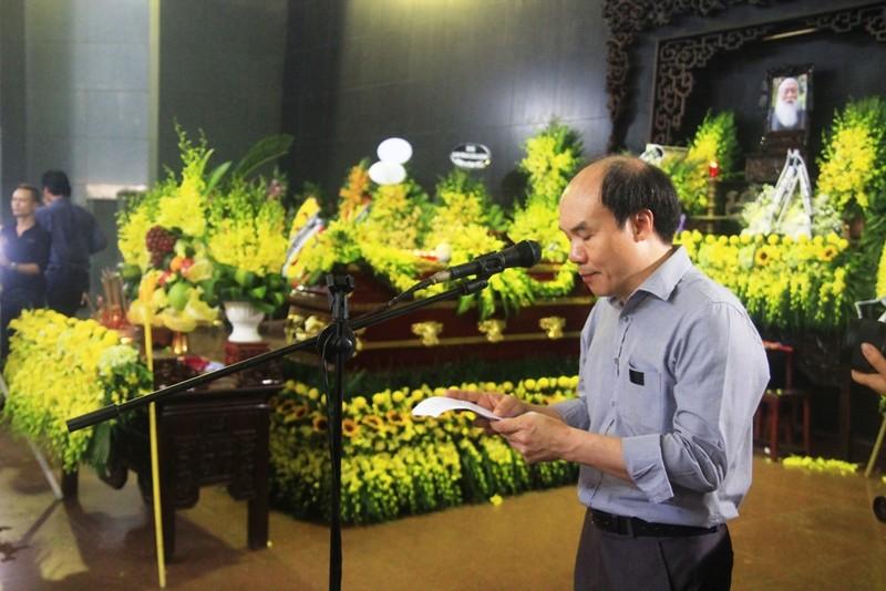 Tiếng khóc nghẹn ở lễ tang nhà giáo Văn Như Cương - ảnh 1