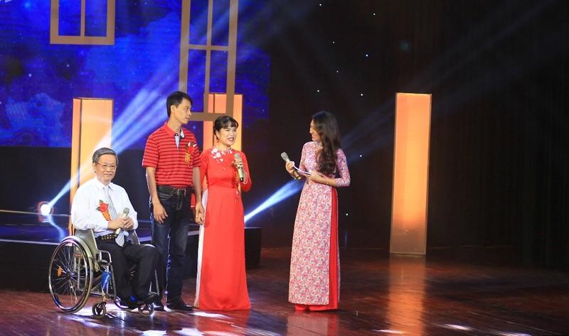 Những cặp đôi khuyết tật nhưng hoàn hảo giữa đời - ảnh 4