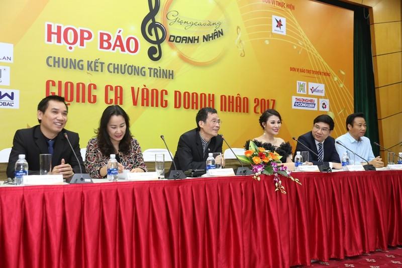 Lần đầu có cuộc thi hát cho doanh nhân toàn quốc - ảnh 1