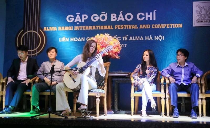 Tài năng Guitar quốc tế sẽ đổ bộ tới Việt Nam - ảnh 1