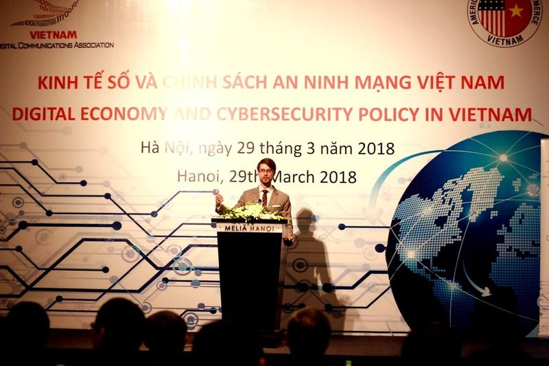 Người dùng Internet tại Việt Nam đối mặt 6 rủi ro - ảnh 1