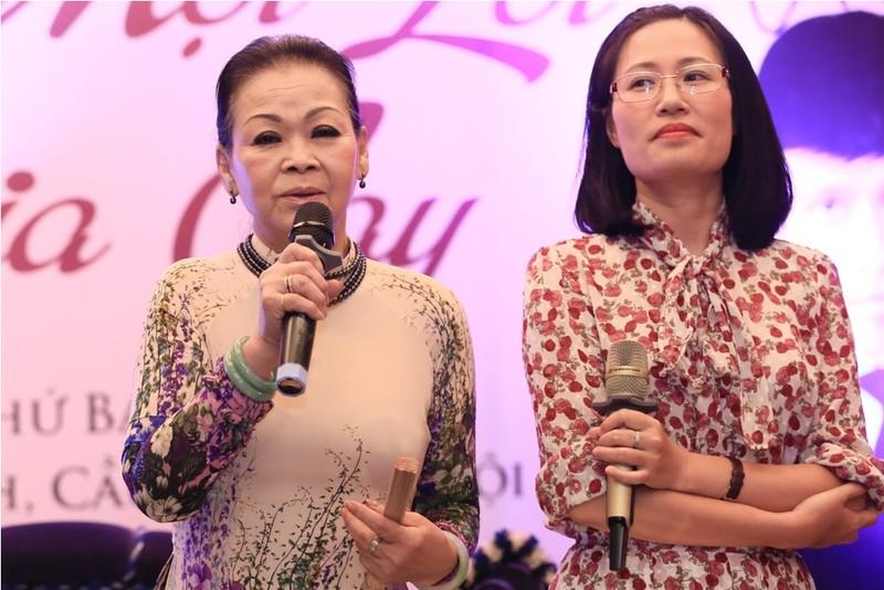 Ca sĩ Khánh Ly: 'Có người hỏi con tôi, xác mẹ đưa về chưa?' - ảnh 1