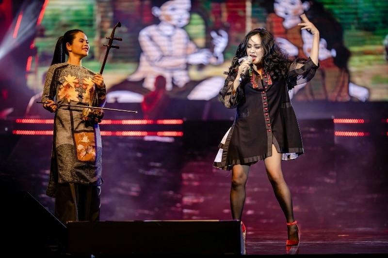 Thanh Lam như 'lên đồng' khi hát ca khúc của đàn em - ảnh 1