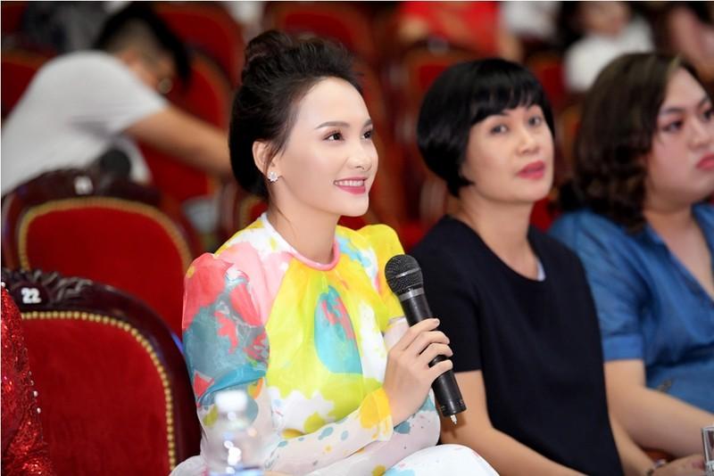 Giấu chồng đi thi Người mẫu quý bà Việt Nam 2018 - ảnh 5