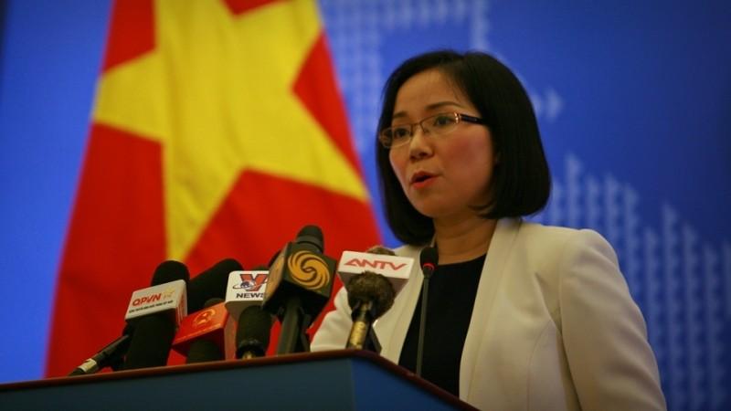 Việt Nam phản đối Trung Quốc lắp đặt trên đá Bông Bay - ảnh 1