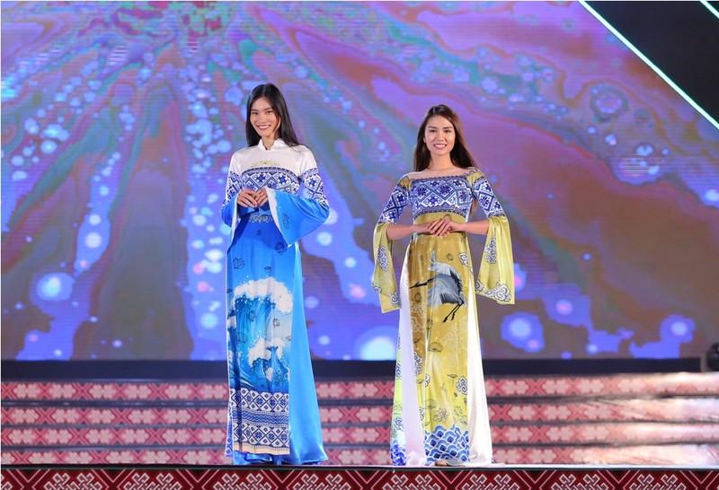 Nhà thiết kế 9X dân tộc Tày gây ấn tượng với bộ sưu tập áo dài - ảnh 3