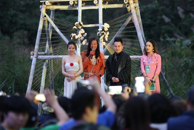 Tùng Dương phiêu ở Đáo xuân Festival của Đào Anh Khánh - ảnh 6