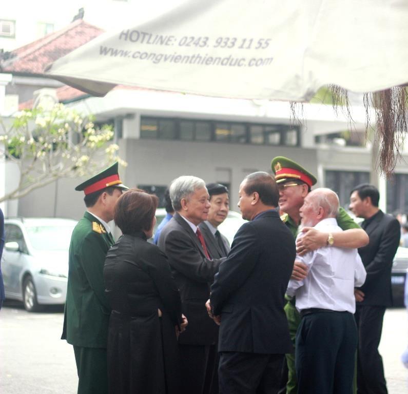 Thắt chặt an ninh tại Lễ tang Tướng Đồng Sỹ Nguyên - ảnh 4