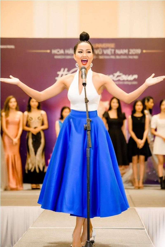 Hoa hậu H'Hen Nie tự tin nói thời trang mình quá tệ - ảnh 3