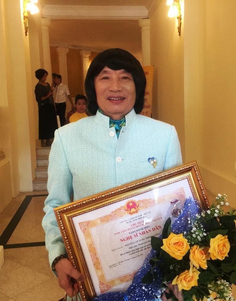 Nghệ sĩ Trần Hạnh, Minh Vương chia sẻ sau khi nhận danh hiệu - ảnh 1