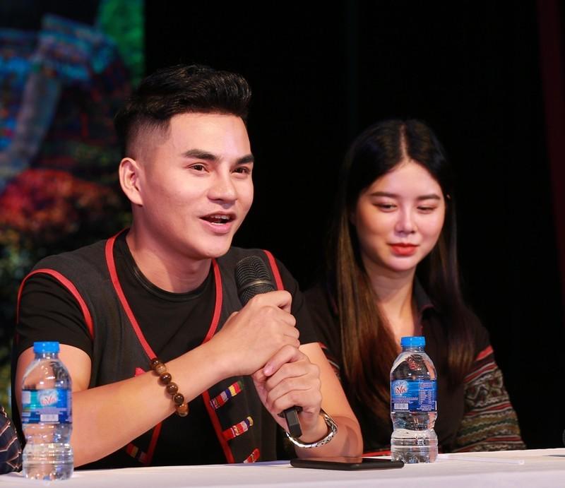 'Nguồn suối mẹ' của chàng ca sĩ 9X dân tộc Thái - ảnh 1