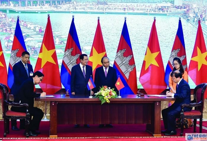 Thủ tướng Campuchia cảm ơn VN giúp đánh đổ chế độ diệt chủng - ảnh 1