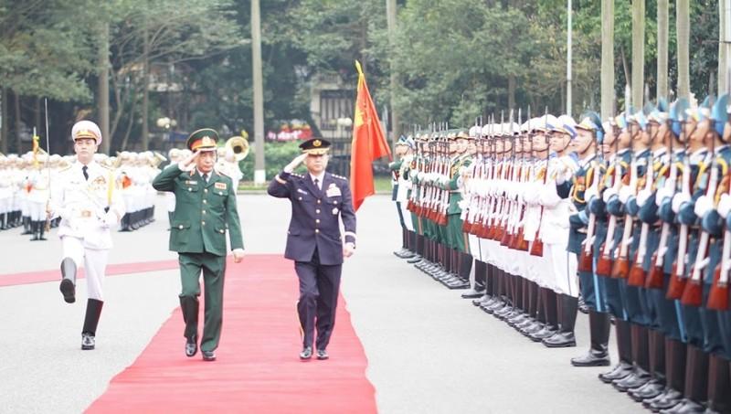 Thượng tướng Phan Văn Giang đón đại tướng Nhật Bản - ảnh 1