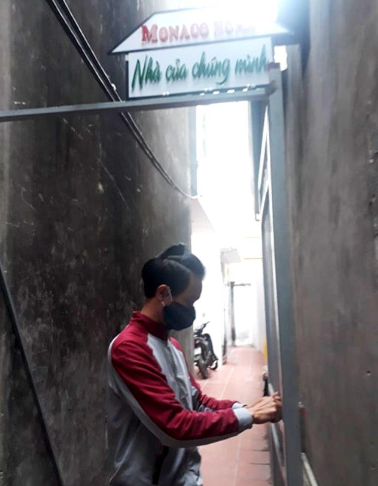 Làm nhà cho trẻ em nghèo: 'Người ta gọi tôi là hâm' - ảnh 3