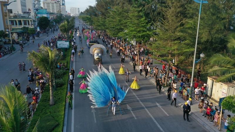 Carnival  khuấy đảo đường phố xứ Thanh  - ảnh 3